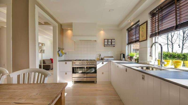 Como encontrar a cortina ideal para a sua cozinha